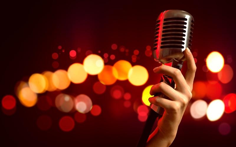 'Lost Voice Guy', wins Britain's Got Talent!